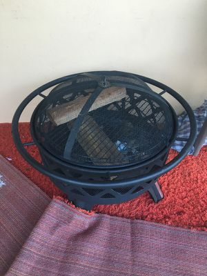 Fire place/grill for Sale in West Palm Beach, FL