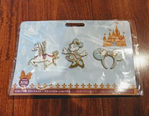 Disney Minnie Mouse Main Attraction King Arthur Carrousel Pin Set for Sale in Pomona, CA