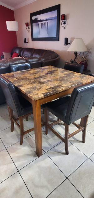 Kitchen table with 4 chairs for Sale in Orlando, FL