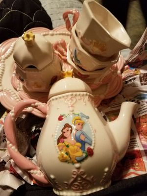 Disney Antique glass tea set for Sale in Cleveland, OH