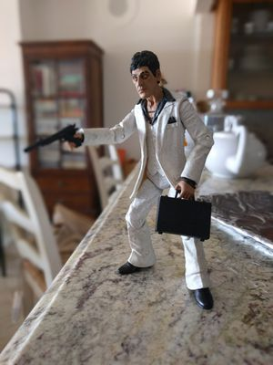 "Scarface 7"" vinyl limited edition action figure, ""The Player"" for Sale in Miami Beach, FL"