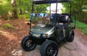 Price$1000 EZ-GO TXT 2O17 Electric Golf Cart for Sale in Seattle, WA