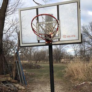 Elite Basketball Hoop for Sale in Racine, WI