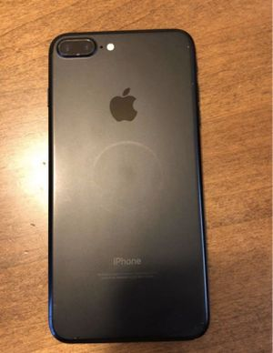 iPhone 7plus 32gb Cricket Wireless. Still under Apple warranty until 3/21. Comes with charger and headphones for Sale in Glenarden, MD