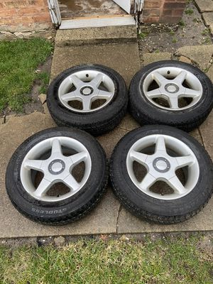 OZ Racing RIms 15 inch 5 bolt for Sale in Chicago, IL