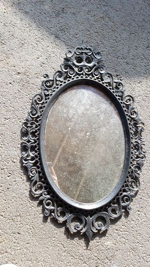 Mirror Mirror on the Wall for Sale in Chehalis, WA