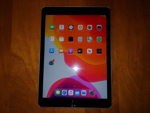 Apple iPad Air 2 16GB in Good condition for Sale in Cleveland, OH