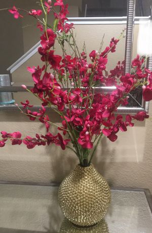 Gold Vase and Flowers for Sale in Elk Grove, CA