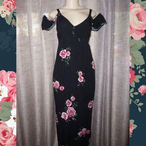 Floral rose dress Medium for Sale in Glendale, AZ