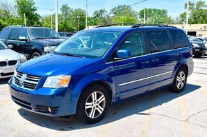 2010 Dodge Grand Caravan SXT 4dr Mini-Van for Sale in Chicago, IL