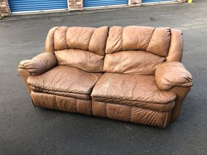 Leather brown double recliner for Sale in Broomfield, CO