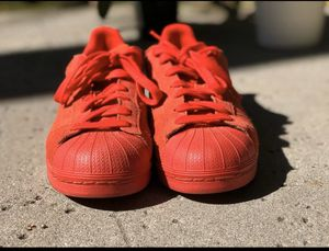 Adidas super star red sneaker/ shoes Us 8.5 for Sale in Temple City, CA