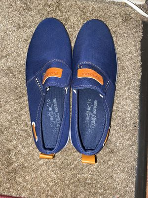 shoes size 8 for Sale in Palatine, IL