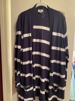Old navy striped cardigan size 2xl for Sale in Dearborn, MI