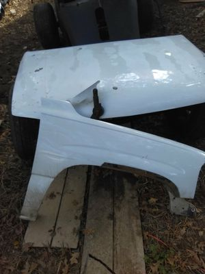 2001 Chevy pickup parts fenders doors hood parts are off a extended cab for Sale in Burleson, TX