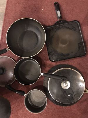 Non stick utensils for Sale in Novi, MI