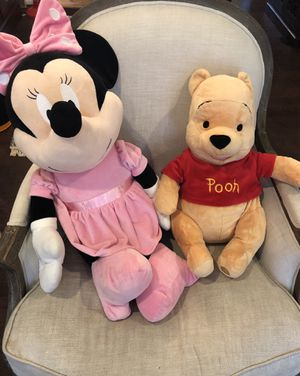Giant Disney Store Minnie Mouse & Large Winnie the Pooh stuffed animals for Sale in Bothell, WA