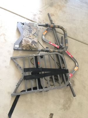 Cabelas climbing tree stand for Sale in Fort McDowell, AZ
