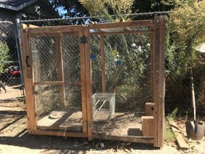 Bird cage with wheels for Sale in Perris, CA