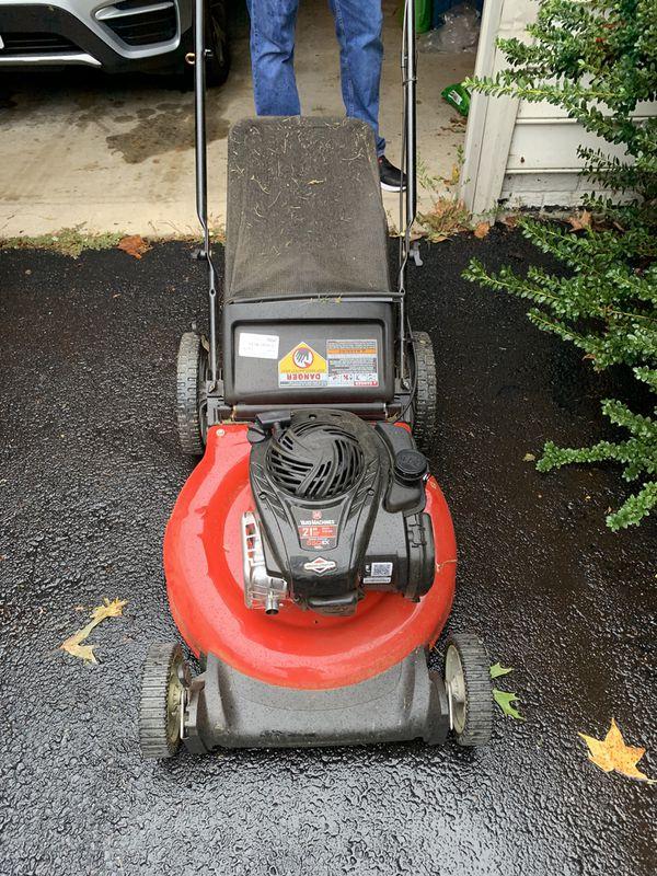 Push Lawn Mower Briggs & Stratton