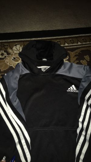 Adidas sweater for Sale in Marysville, WA