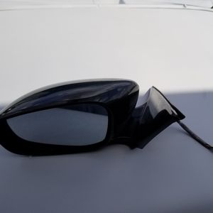 part Infinity G 37 2009-2013 Used Left side mirror for Sale in Orlando, FL
