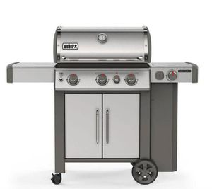 Weber 3 Burner Propane Gas Grill for Sale in Greenlawn, NY