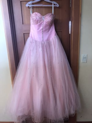 Light pink size 6 Quinceanera dress for Sale in Seattle, WA