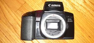CANON EOS ELAN 35MM FILM CAMERA WORKS PERFECT ONLY $20!!! PERFECT CAMERA FOR PHOTOGRAPHY CLASS for Sale in Alhambra, CA