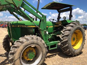 83 hp 5x4 John deer diesel tractor with self leveling loader. for Sale in Hockley, TX