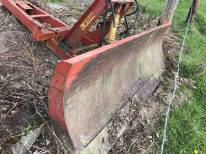 Leon dozer blade 9ft for Sale in Yelm, WA
