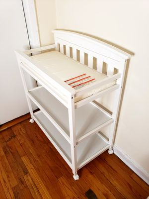 Changing Table. Delta children. One month used. Excellent condition. for Sale in Brooklyn, NY