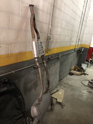 14-17 Infiniti Q50 exhaust for Sale in Franklin Park, IL