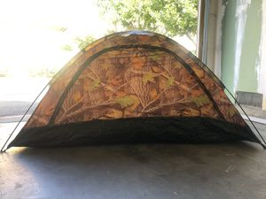 Day use/ Warm weather camping tent for Sale in Anaheim, CA