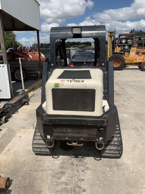 2015 Tarex skid steer R070T posi track for Sale in Kissimmee, FL