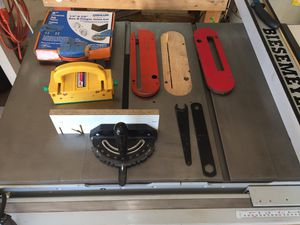 """Delta 10"""" Contractor's Table Saw for Sale in Las Vegas, NV"""