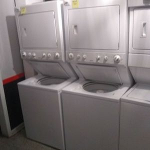 Used Excellent Condition Kenmore Washer And Electric Dryer Stackable for Sale in Hanover, MD