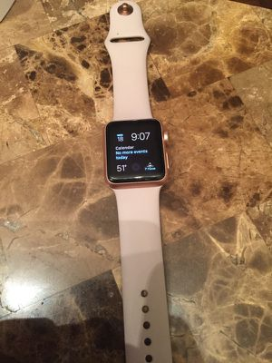 Apple Watch rose gold 220$ Obo for Sale in Houston, TX