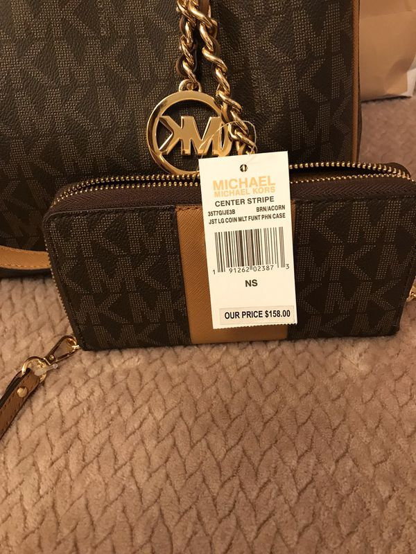 Authentic mk purse and wallet set