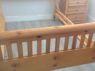 Frame and headboard solid maple queen for Sale in Garden Grove,  CA