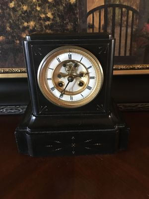 French Antique Marble Automatic Clock for Sale in Las Vegas, NV
