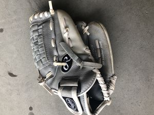 Softball glove 12 inch - nearly new for Sale in Raleigh, NC