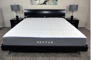 King size nectar mattress for Sale in Austin, TX