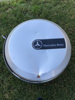 FREE Tire cover for Mercedes G500 for Sale in Lynnwood, WA