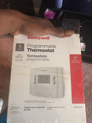 Thermostat and baby monitor for Sale in Oxon Hill, MD
