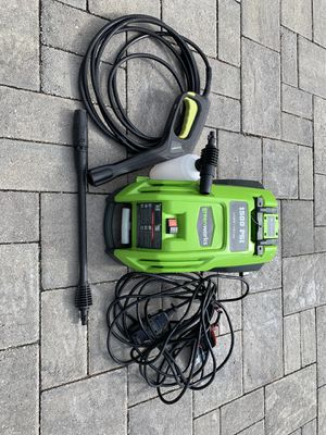 Greenworks Electric Pressure Washer 1500psi for Sale in Tampa, FL
