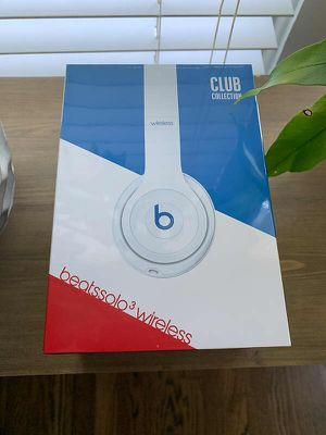 Beats solo3 wireless headphones for Sale in Silver Spring, MD