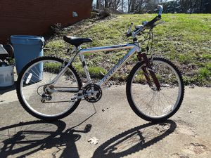 Aluminum mountain bike 100.00 for Sale in Kernersville, NC