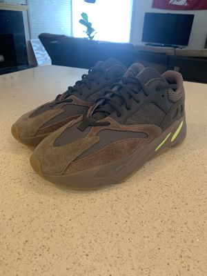 Yeezy boost 700 muave for Sale in Seattle, WA