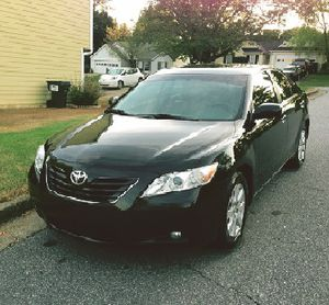 Perfect 2007 Toyota Camry XLE Wheelsss - Works Clean for Sale in Norfolk, VA